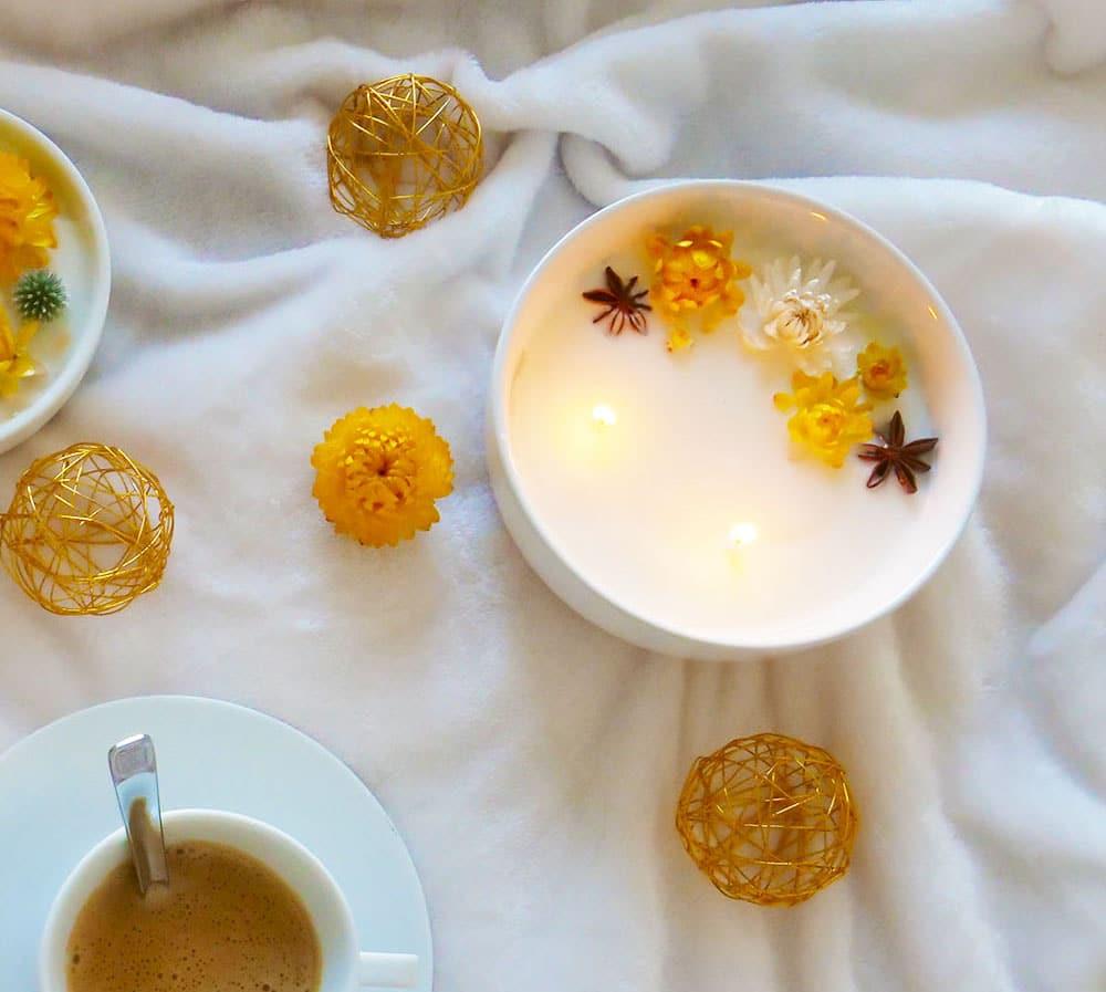 Onigri-bougie-fleurie-personnalisée